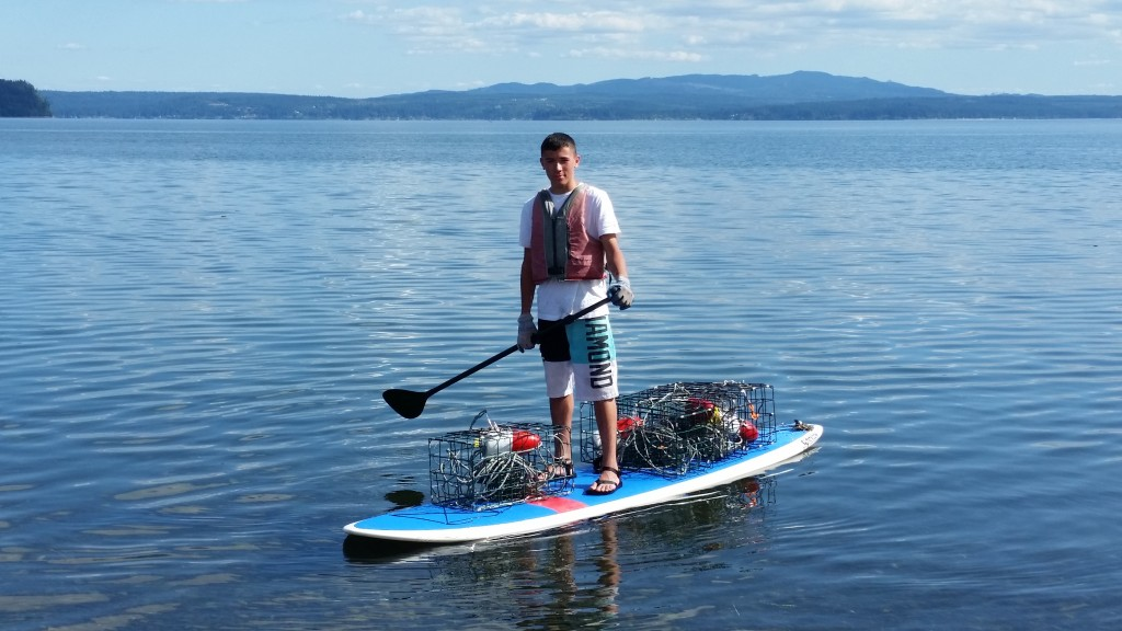 Kayak crabbing or do it from an SUP!